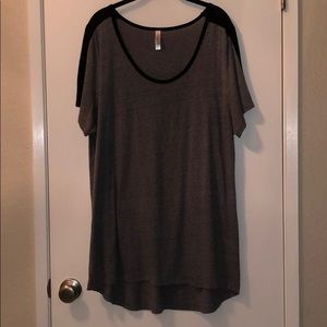 LulaRoe Gray Classic T with Black USED 3XL